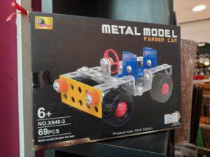 metal model farmer car